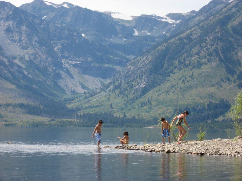 Lake kids